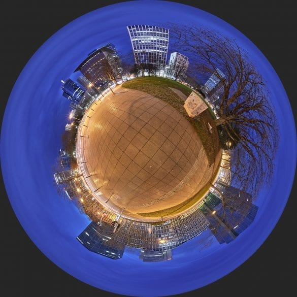 Little Planet Gallusanlage Nachts Frankfurt